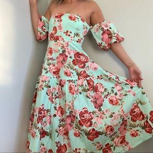 Laura Ashley x Urban Outfitters Floral Dress small